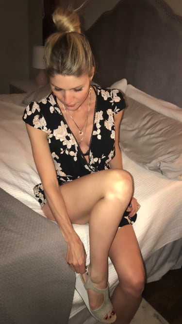Carly Webslut Repost and Expose