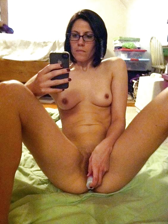 women-masturbating-naked-self-pics