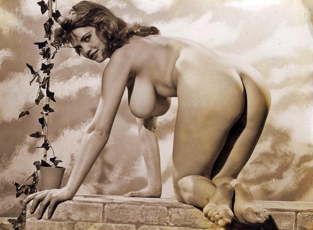 Gallery nude vintage