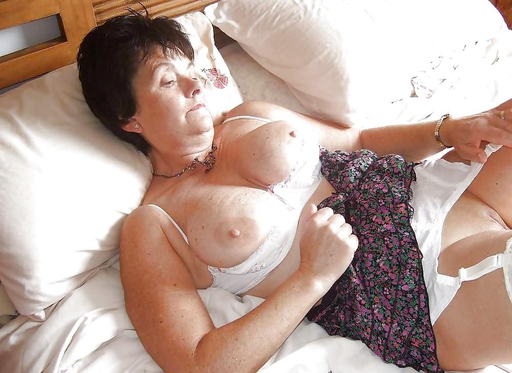 Mature bras sex