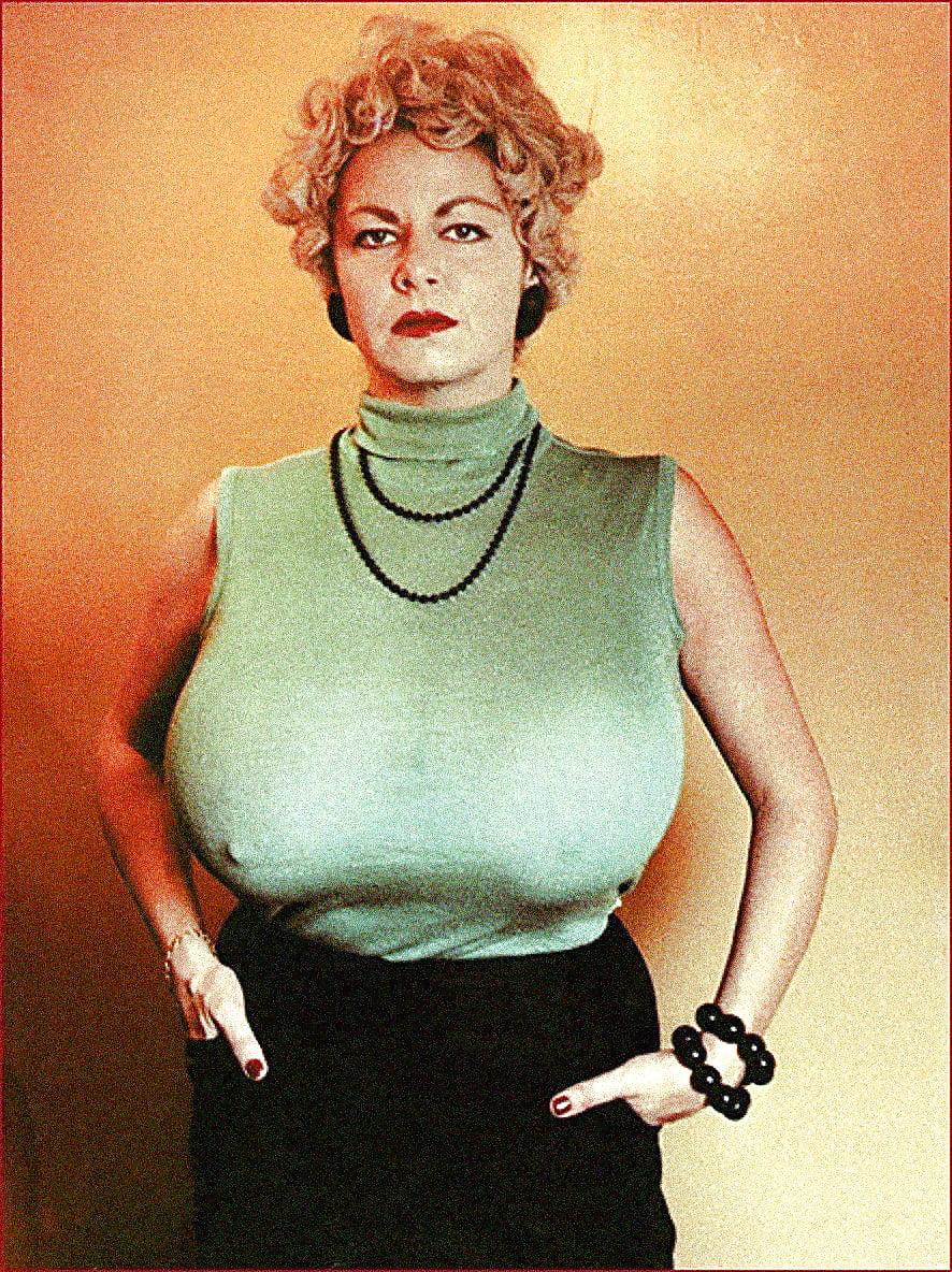 helen-schmidt-busty-interracial-wife-runed-pussy