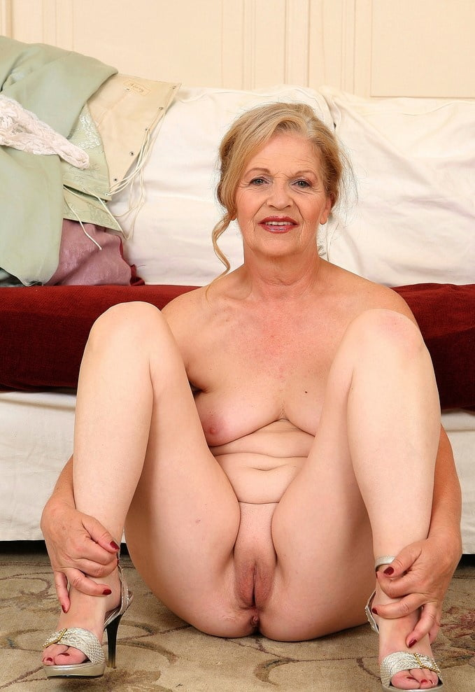 Oldies but goldies, sexy Grannies and Milf 11 - 31 Pics