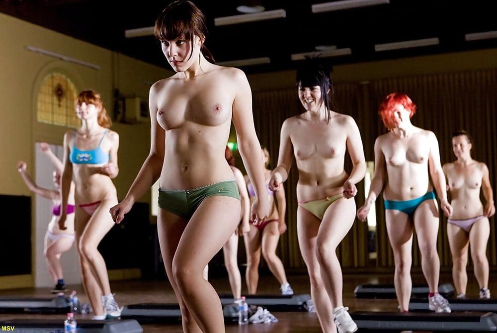 онлайн видео фитнес без одежды нам