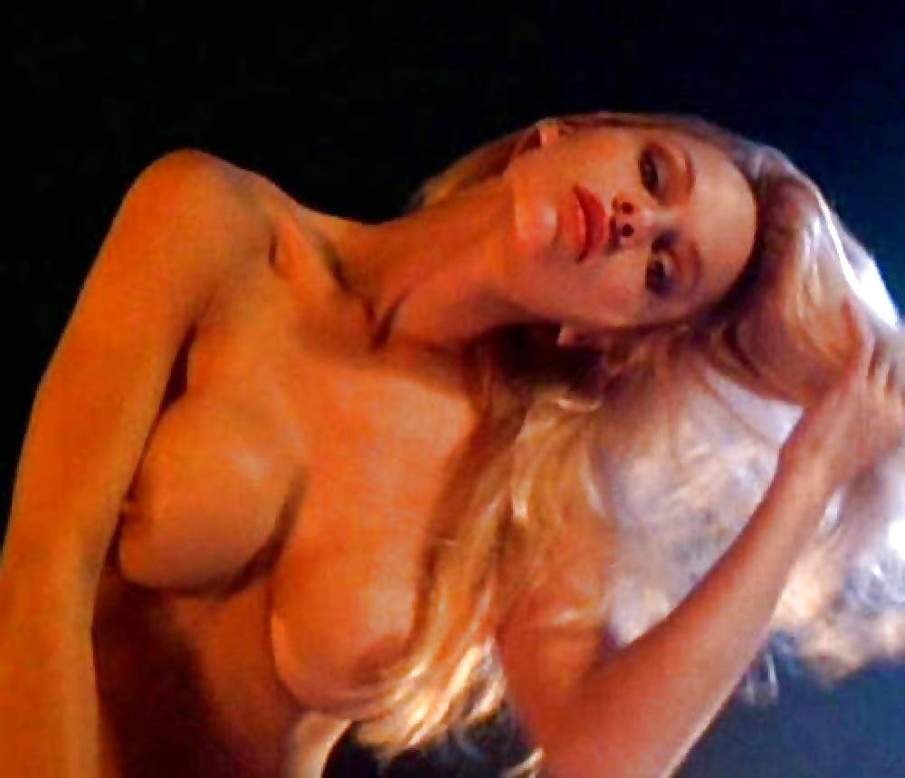 pamela-anderson-nude-in-sexy-panties-kira-reed