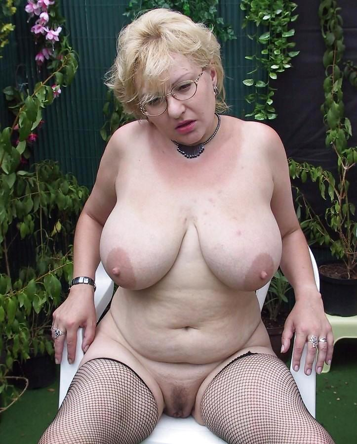 big-tit-grannies-naked-milf-school-job