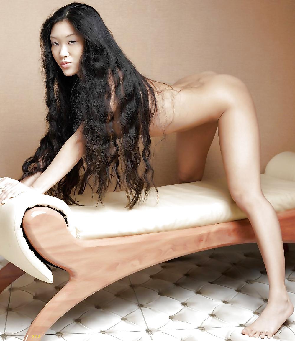 Very Long Hair Nude Girls