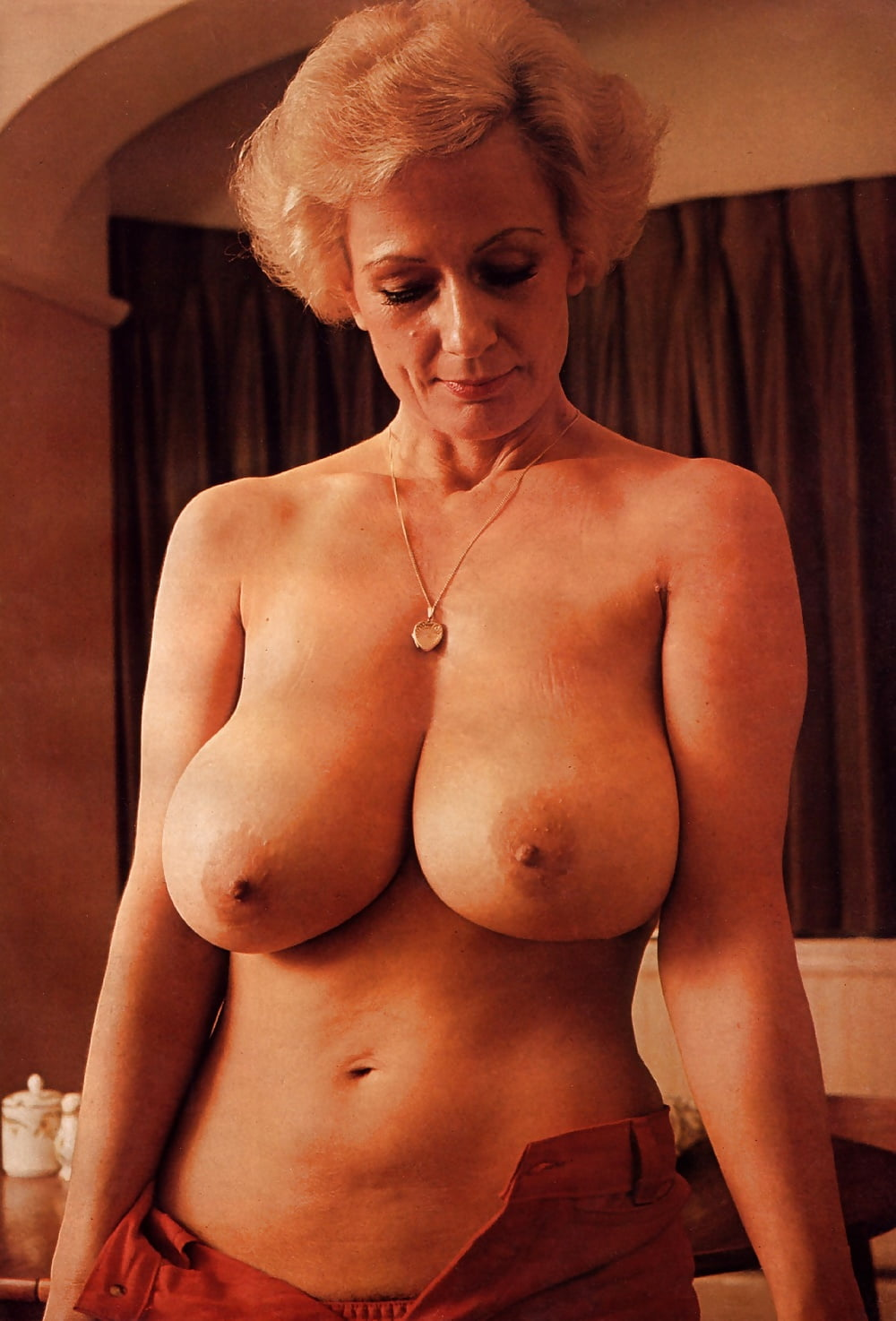 Pat Wynn Nude Centerfold Search