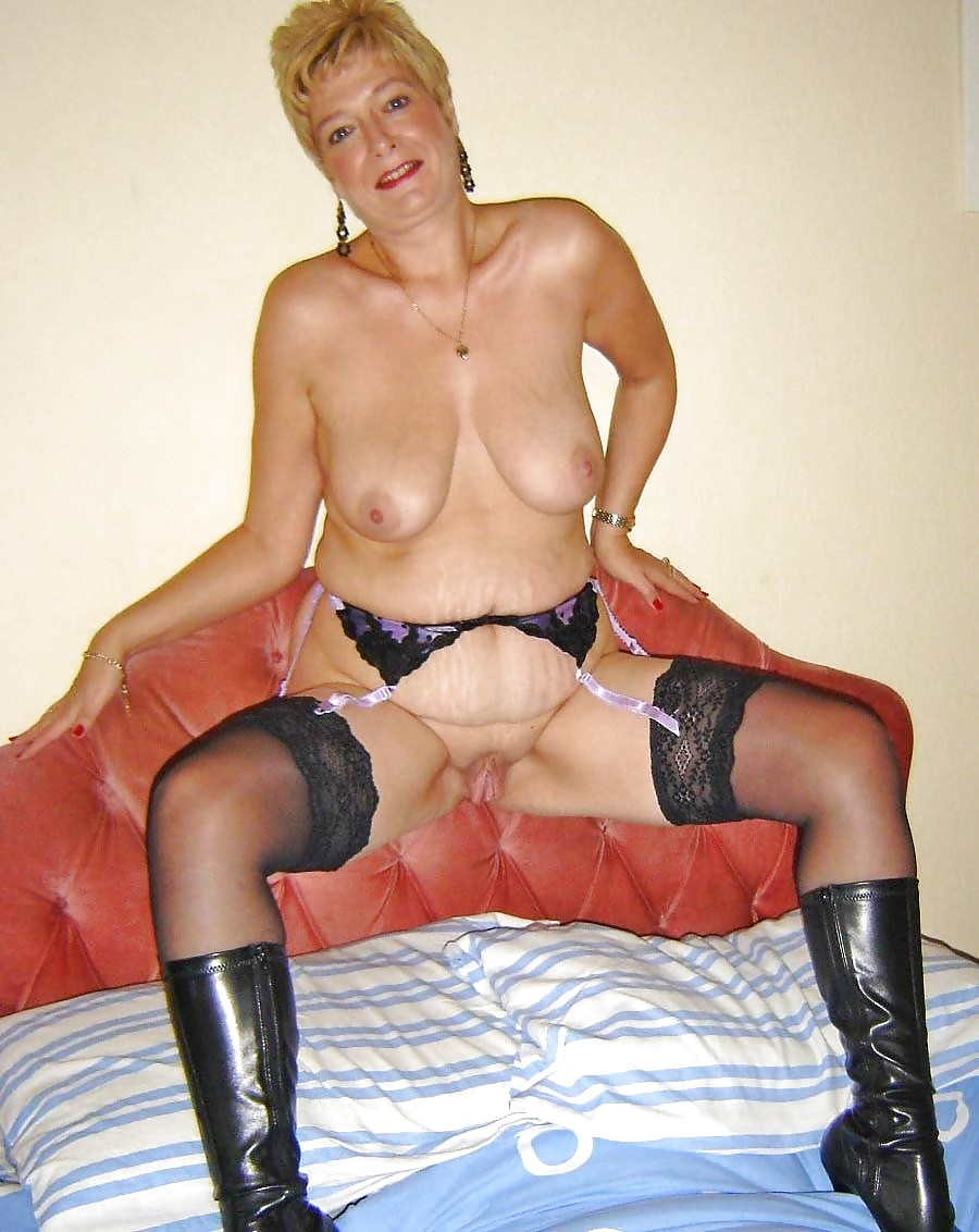 Amateur Boots Porn Galleries old granny toys in boots and stockings - 53 pics | xhamster