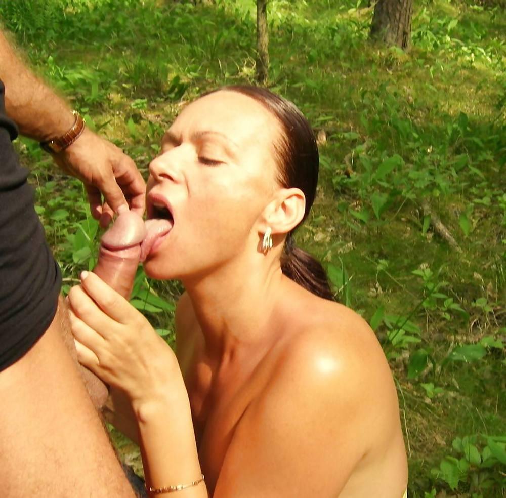 Брянской обл русские голые бабы сосут хуй в огороде фото девушки сексу