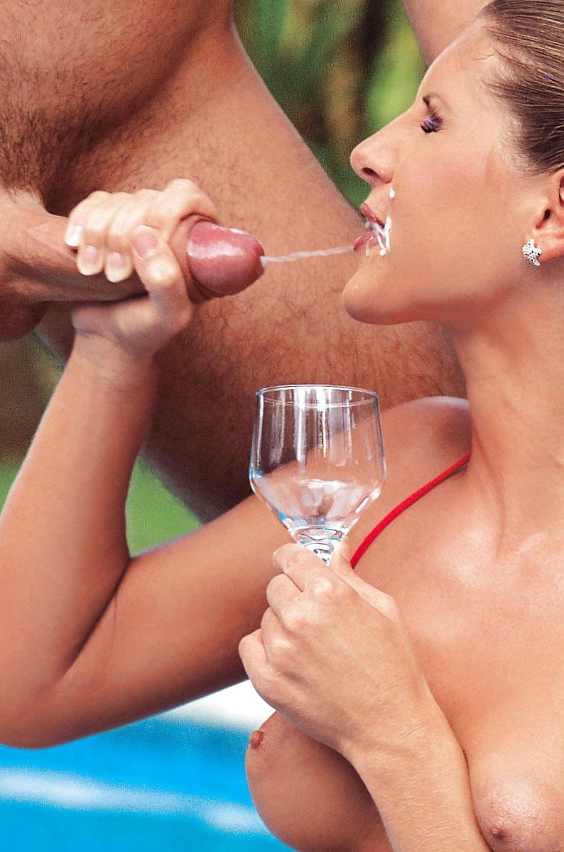 Женщины пьющие сперму у мужчин