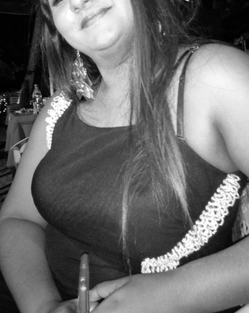 SL Chubby Mom - 9 Pics