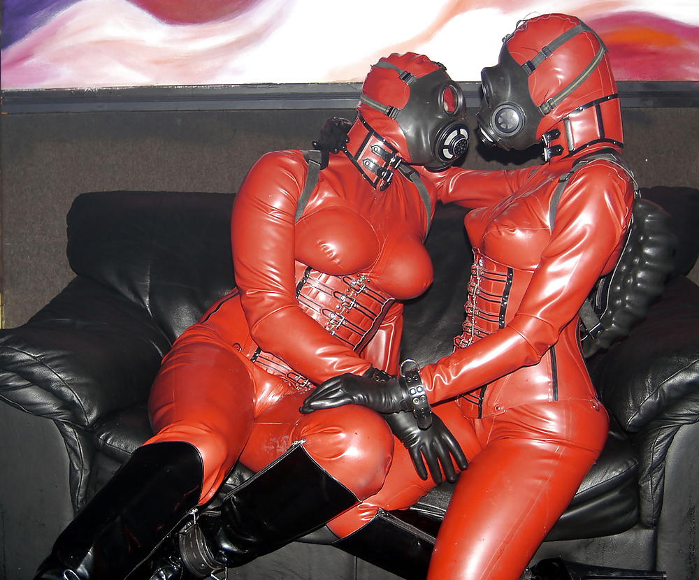 Naked latex and rubber pics