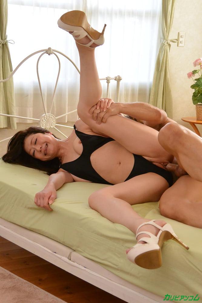 Girl seduced by lesbians-9065