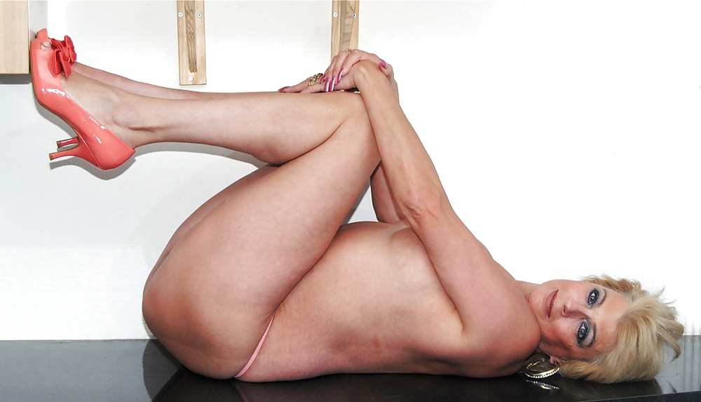 Ass legs mature thumbs