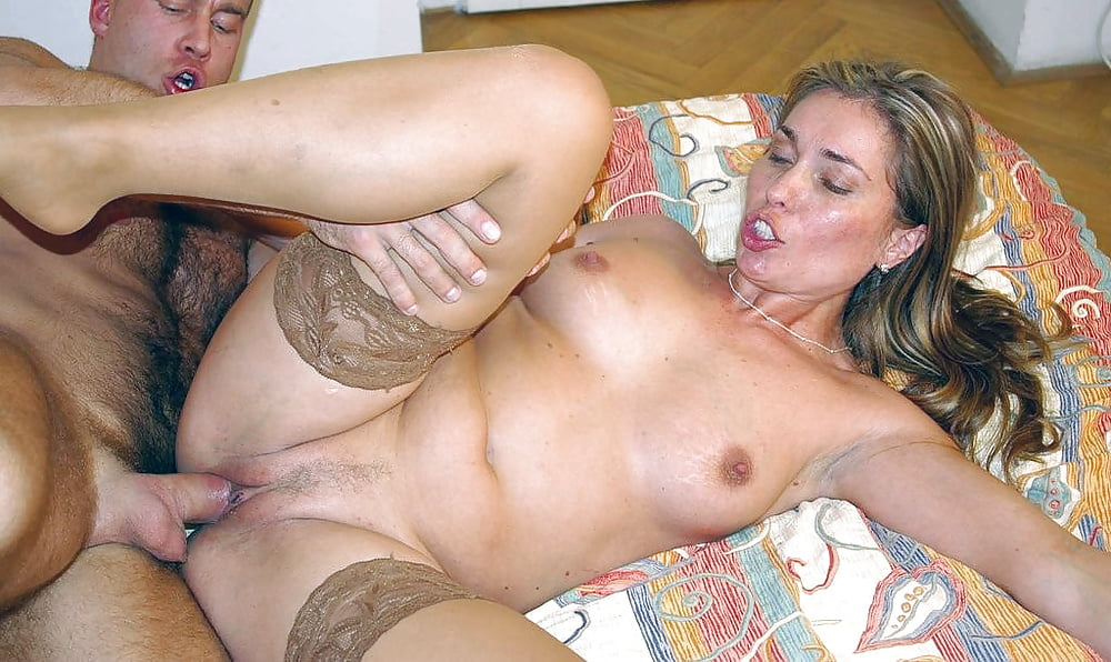 Sex with beautiful mother horny — pic 4