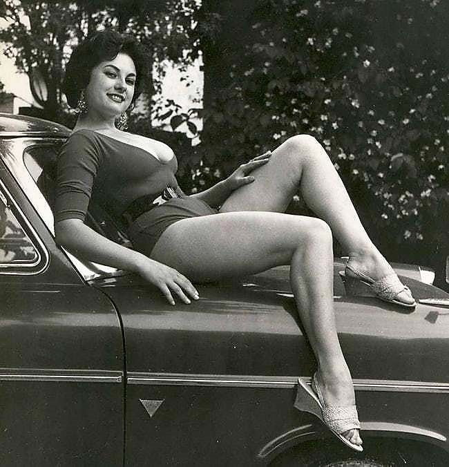 vintage-naked-girl-pics