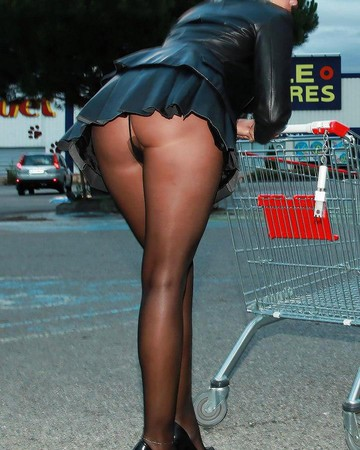 Hot sexy girl in pantyhose at the supemarket, non nude