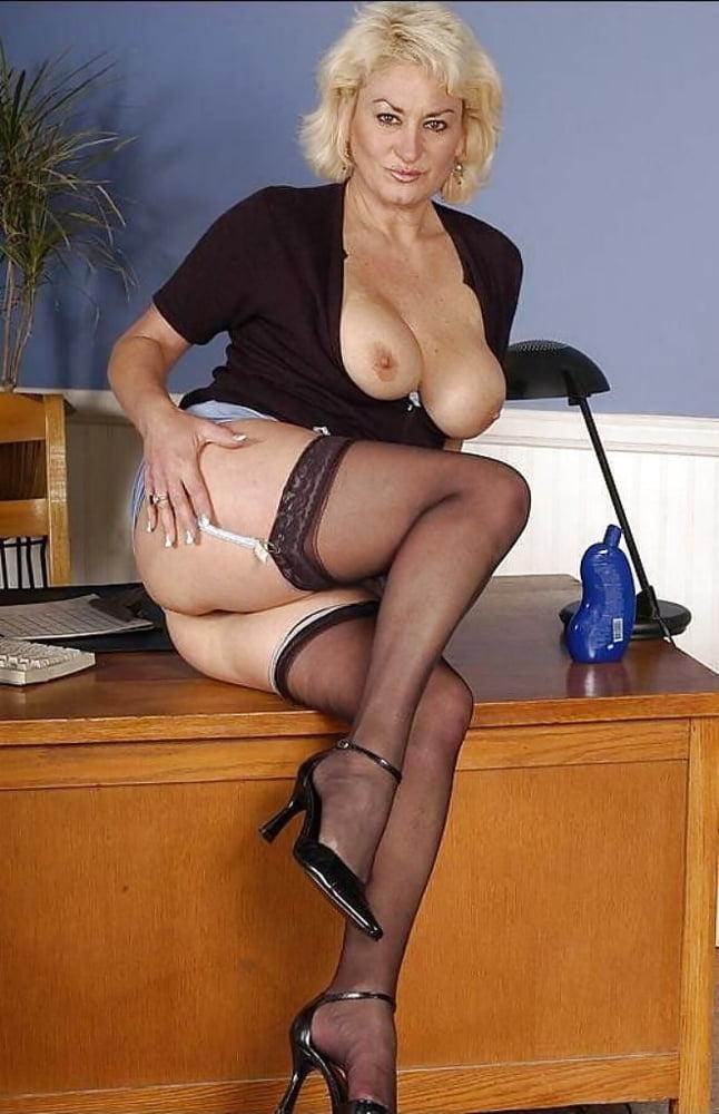 Secretary sex pics
