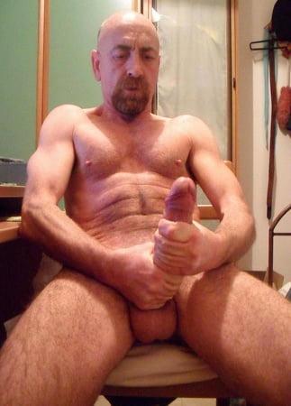 Nude wife posting gallery