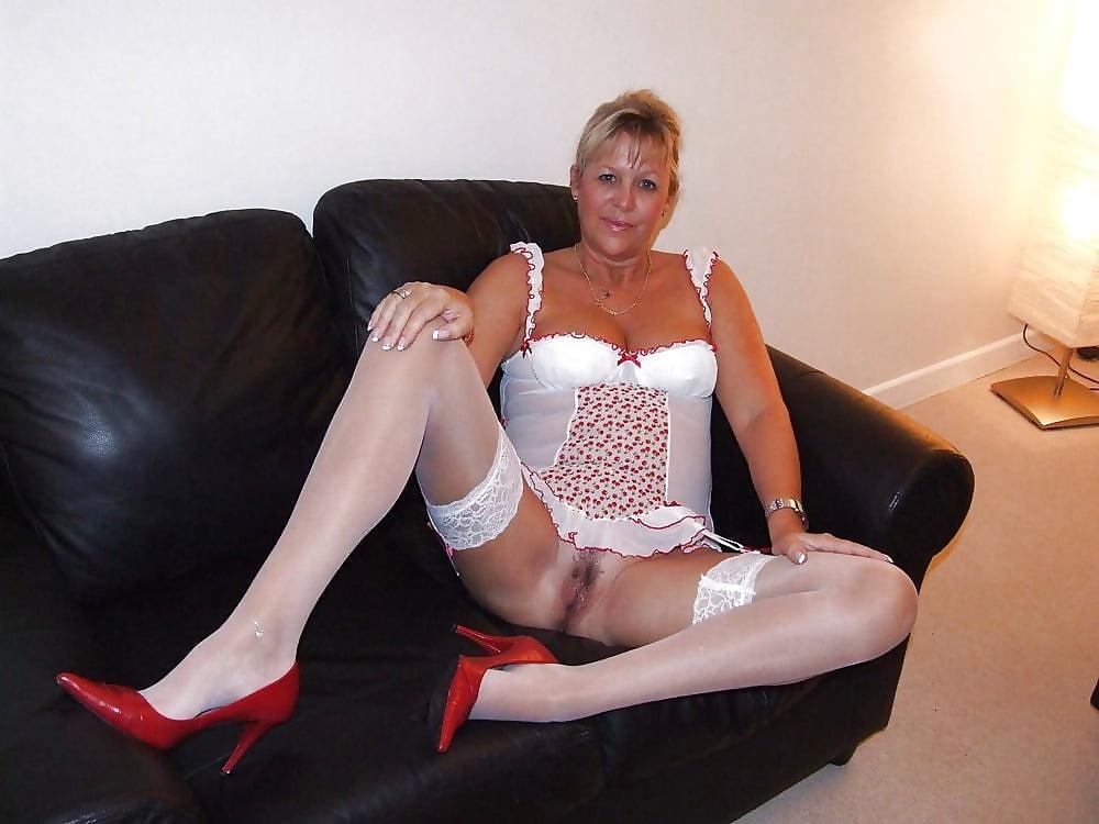 sexy-amature-mature-ladies-pictures-fetish
