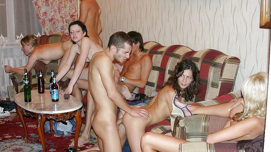Студенческое любительское порно фото, порно увидела голого не сдержалась
