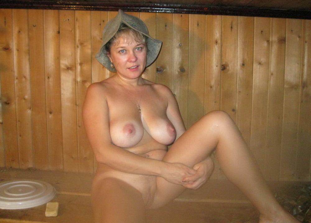 смотреть тетки голые в бане - 5