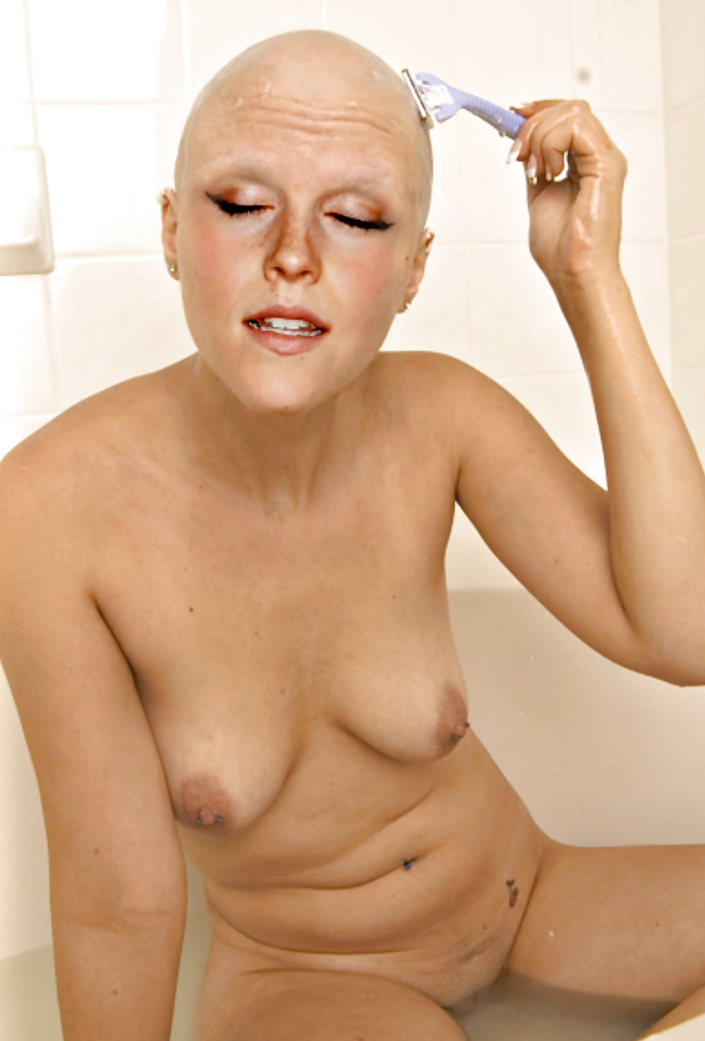 bald-headed-nude-women