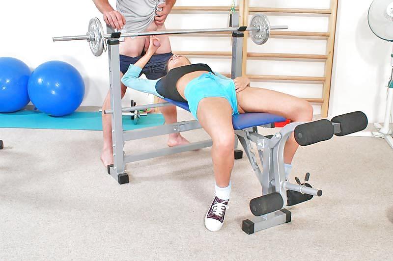 Фото красивого секса в спортзалах, голые зрелые женщины частное порно фото