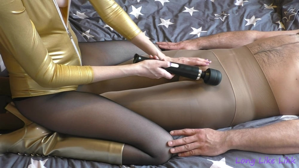 Cock cums from vibrator - 23 Pics