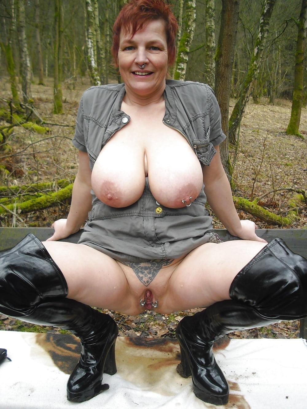 Best huge tits sites-6370