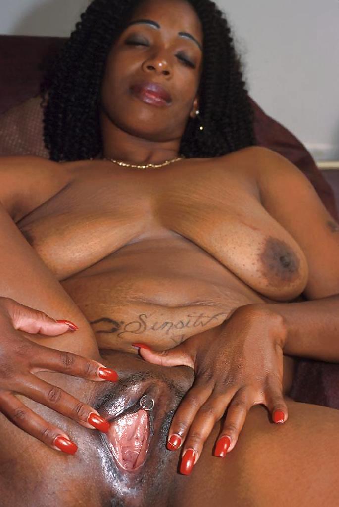 ugly-black-girl-on-red-tube
