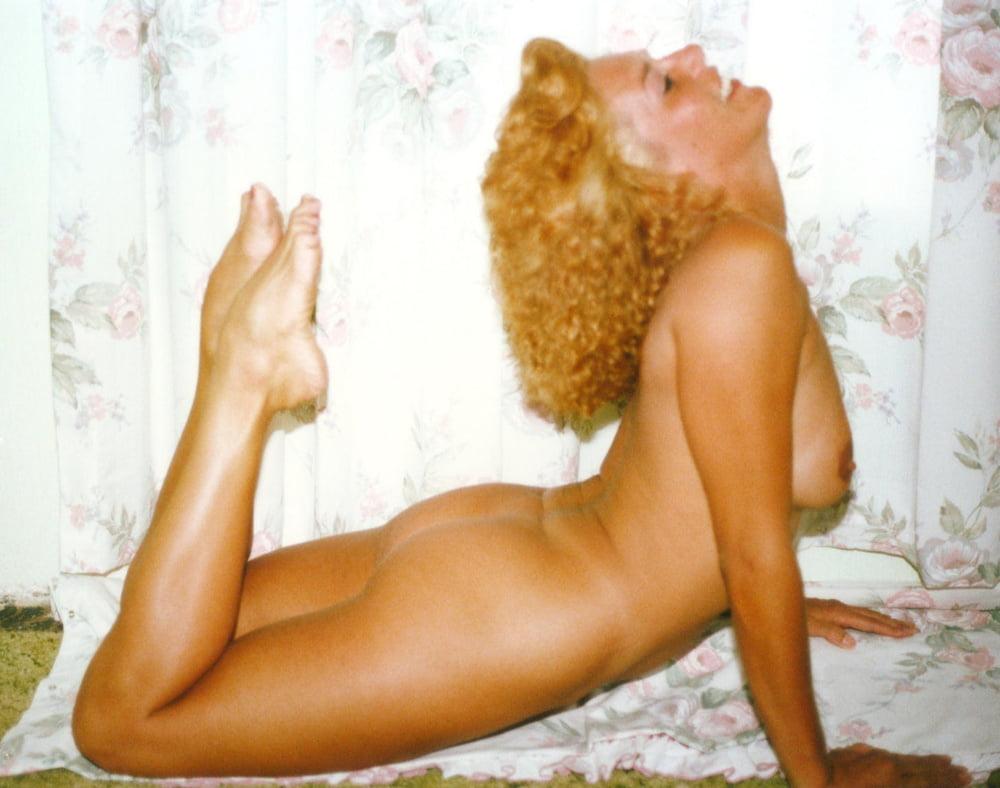 Naked at home pics-5222