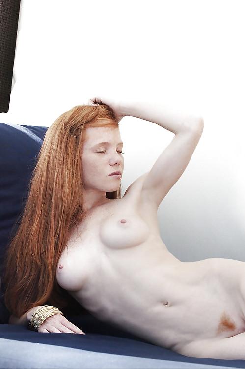 pale-ginger-girls-naked