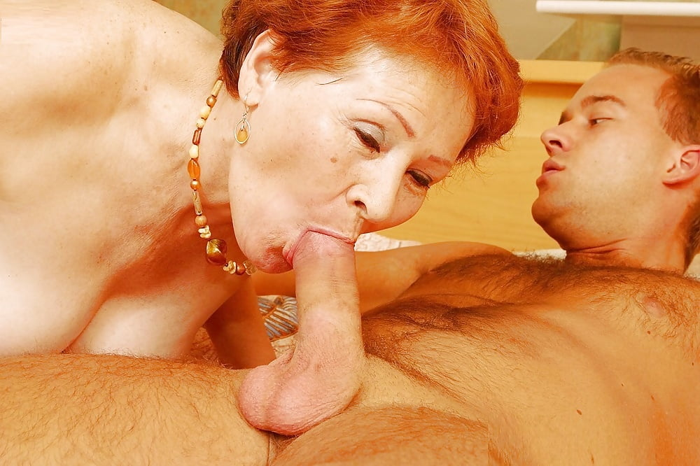 Milf with freckles blowjob