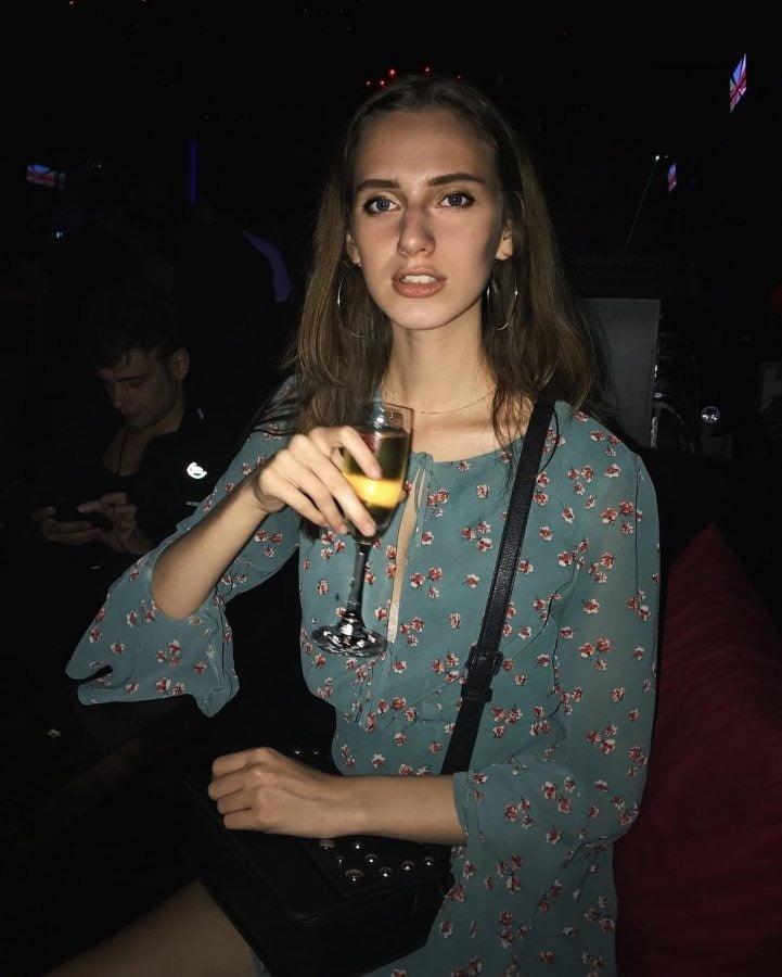 Rus Svetlana 19 y o - 9 Pics