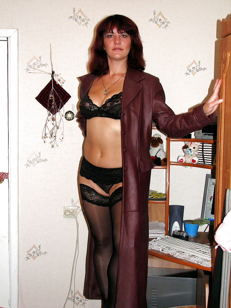 milf-in-long-leather-coat-peruvian-naked-playbou