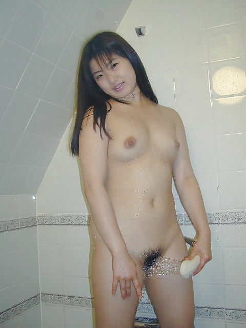 Japanese girl uses toy-4929