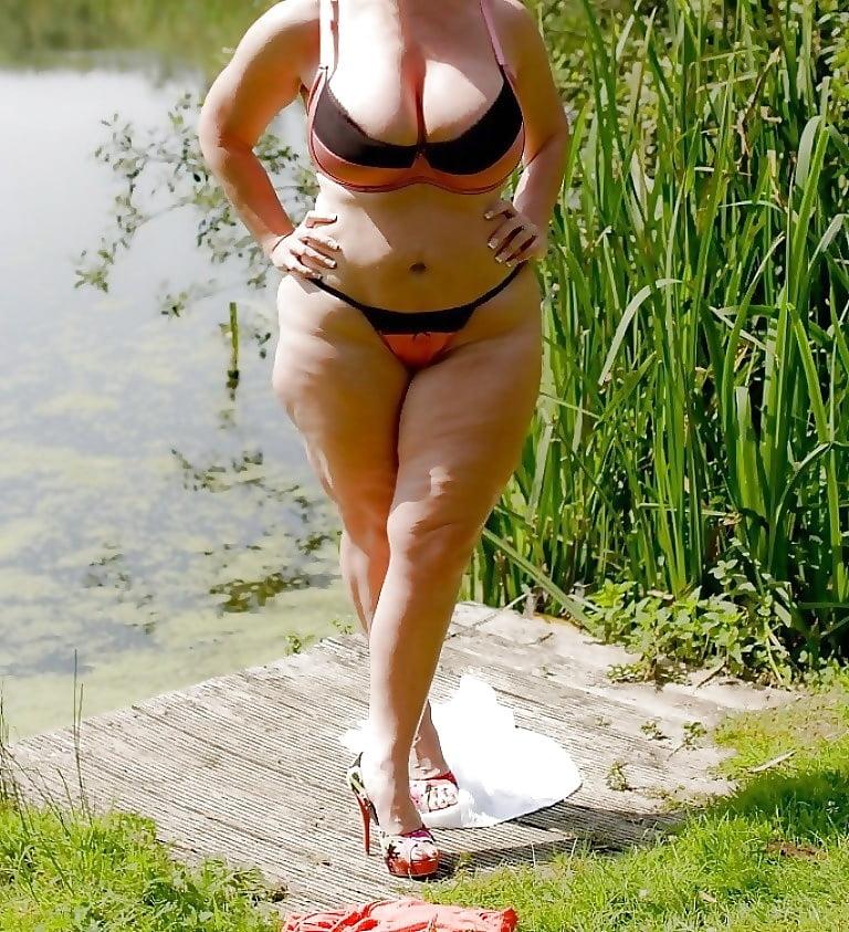 Latina tits and ass