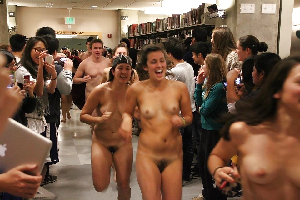 Penn state students protest against frat over nude photo posts cbs pittsburgh