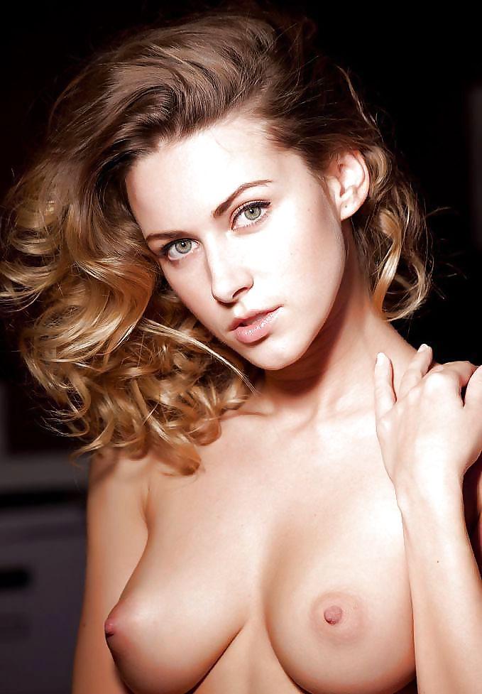 Beautiful brunette nude pics-3850