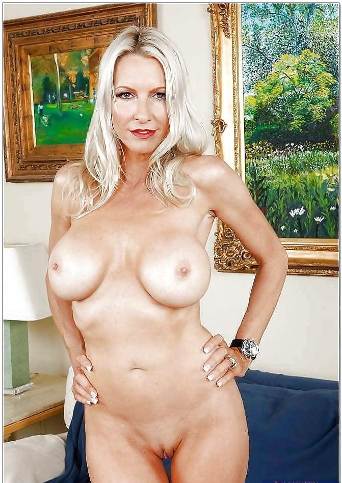 Американская порноактриса в возрасте список, муж в жен белье порно фото