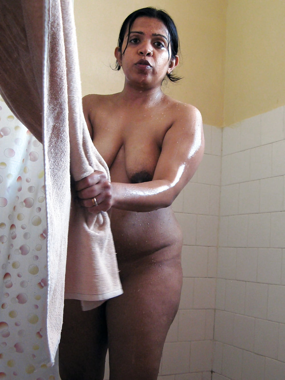 indian-dirty-nude-family-free-nude-charmed-porn-pictures