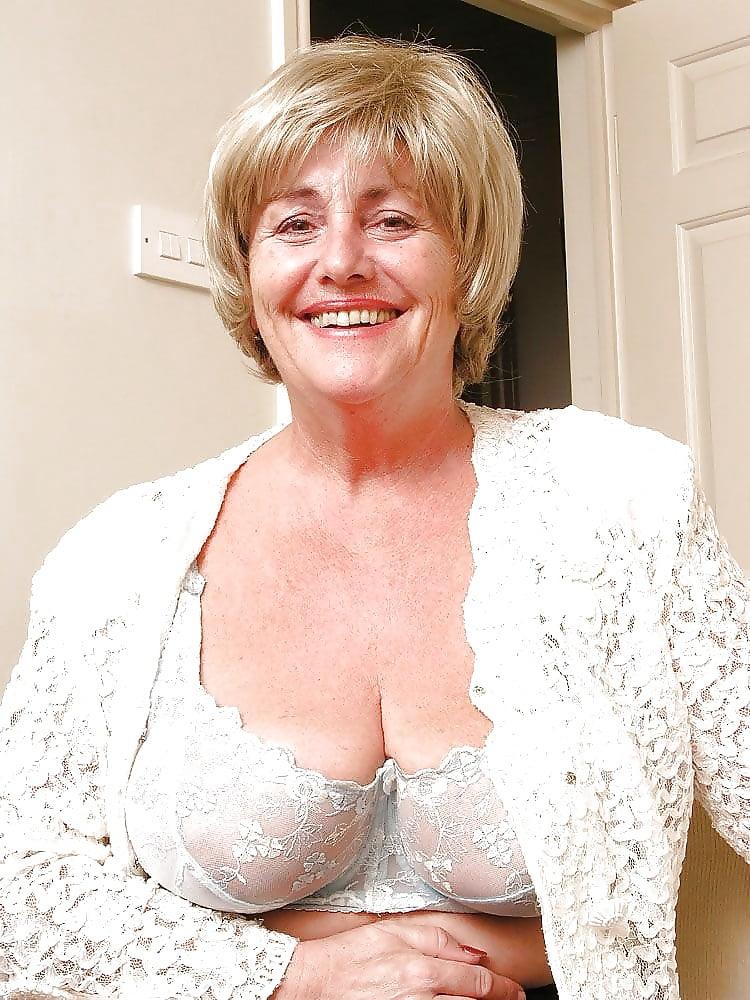 Mature british bbw porn