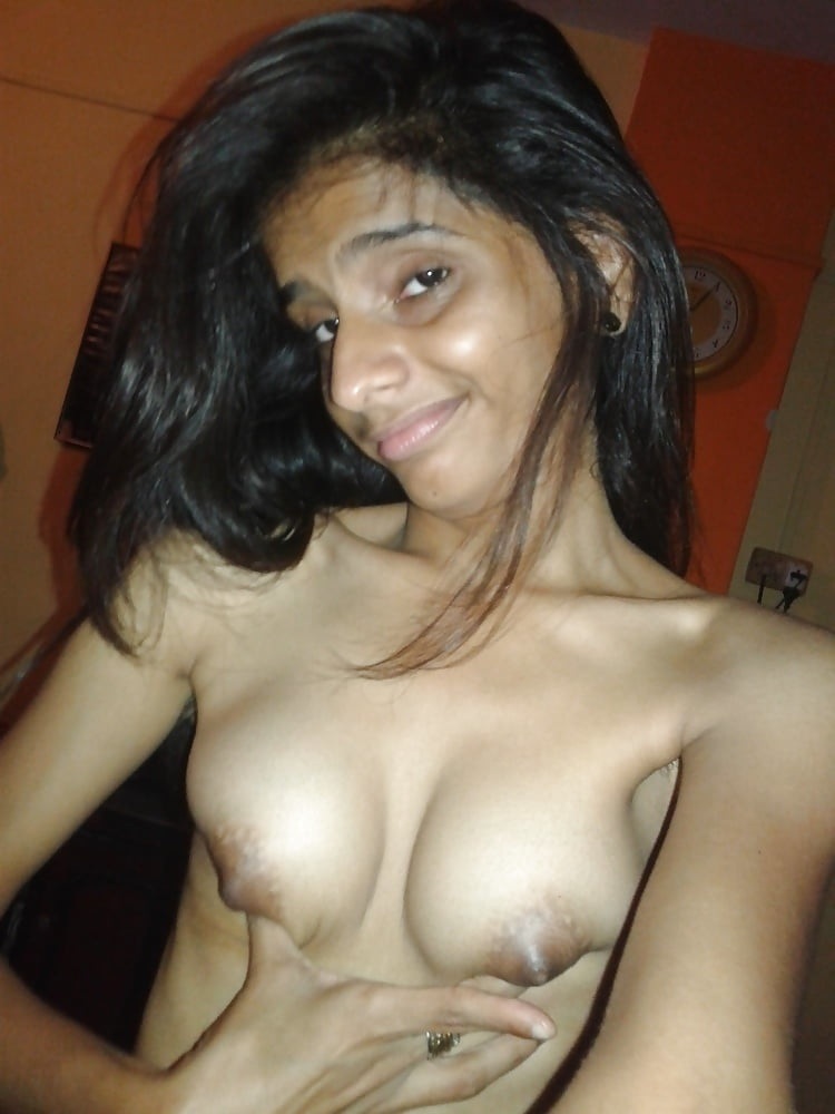 Indian slim nude-9326