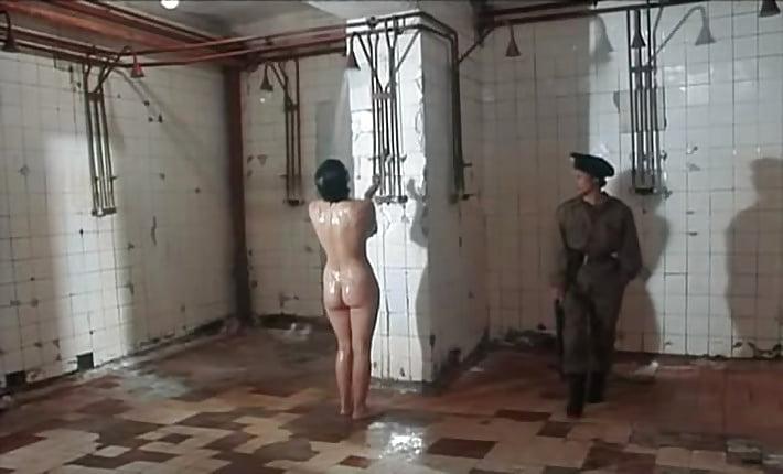 domashnie-zhenskaya-banya-v-tyurme-erotika-russkaya-zrelaya