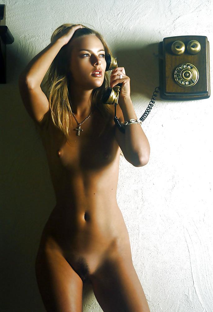 Фото с телефона голые девушки, порно платье в сеточку