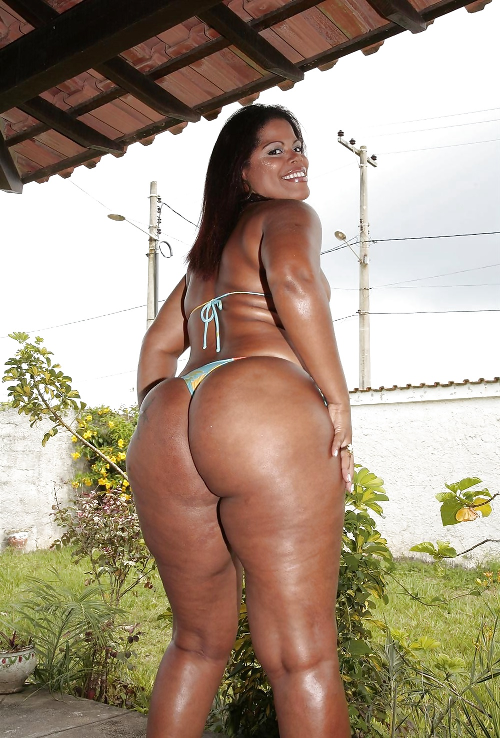 Naked brazilian girls phat ass — pic 13