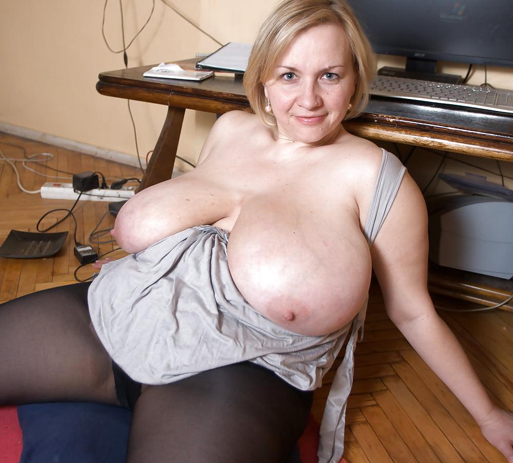 Ana huge boobs, boob but or arm