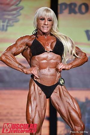 Laura carolan nackt