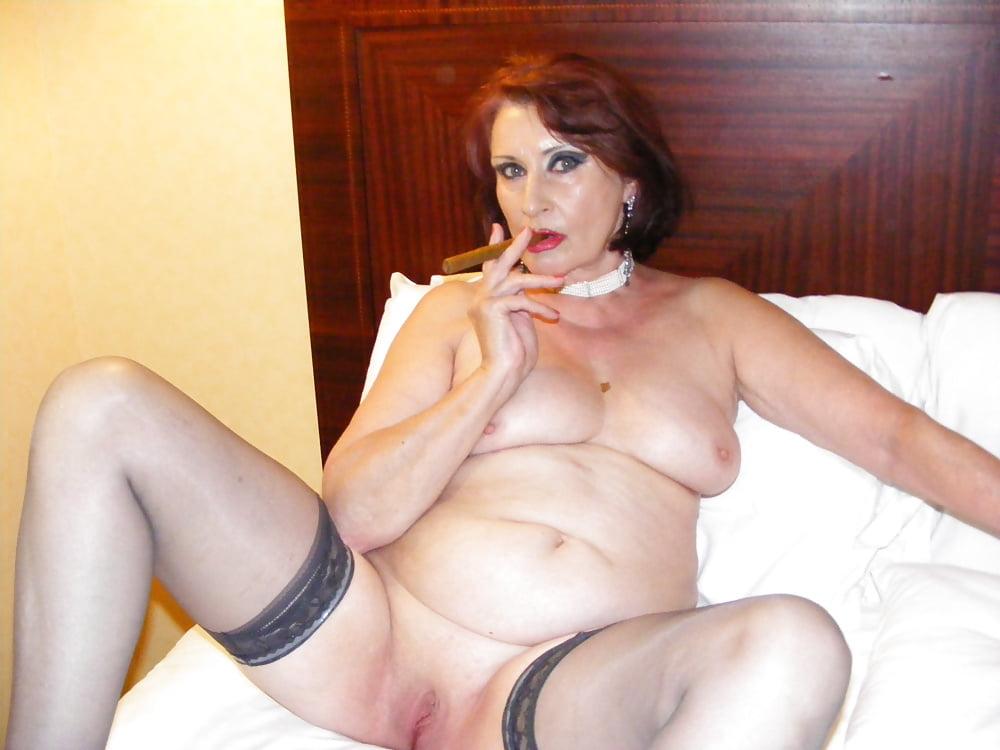 Mature women smoking sex, free sexy sat de